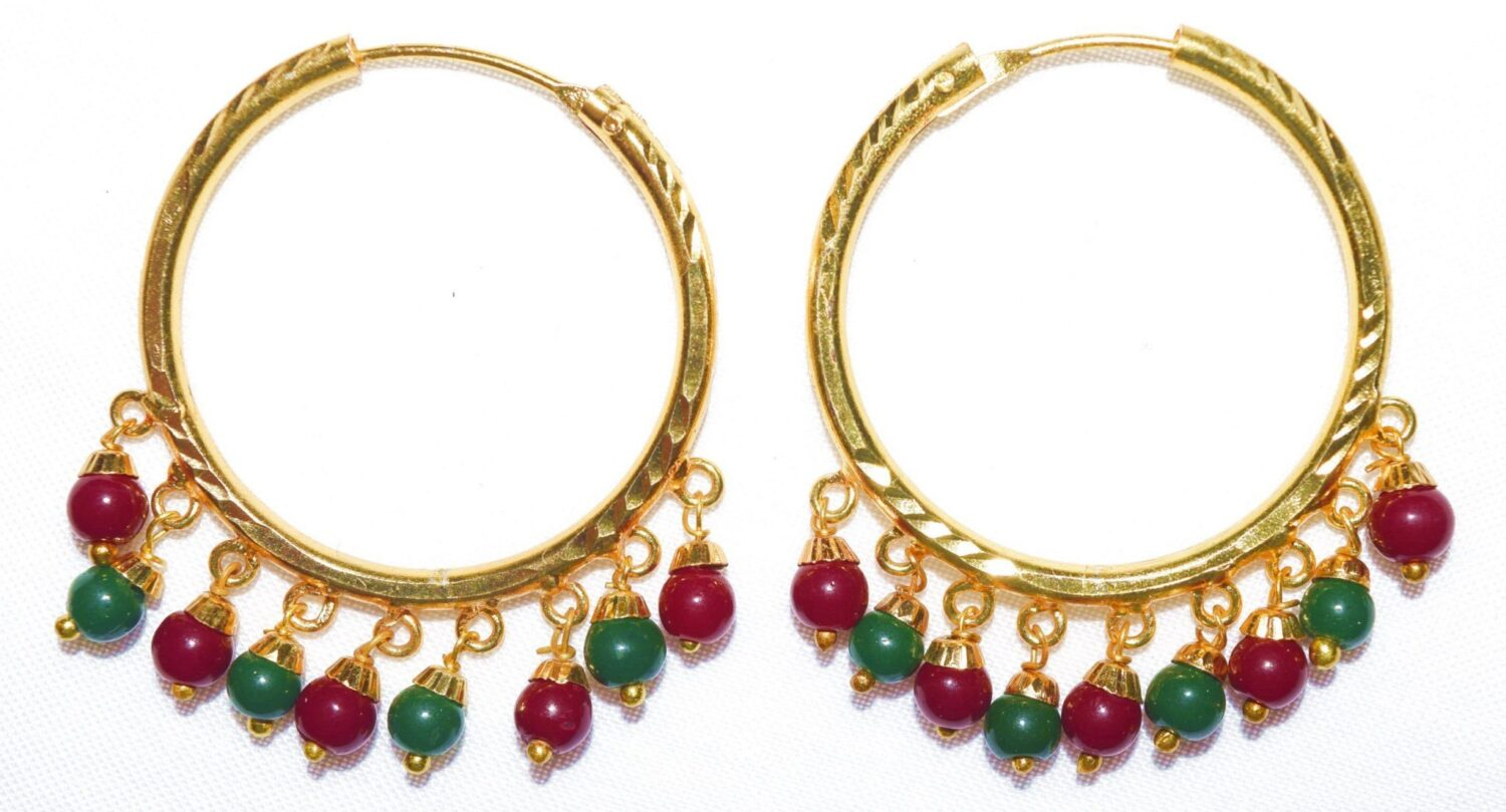 Gold Polished Ear Rings Baliyyan set with two colour beads J0116