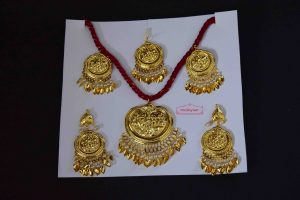 Gold Polished Punjabi Traditional Jewellery Set J0513