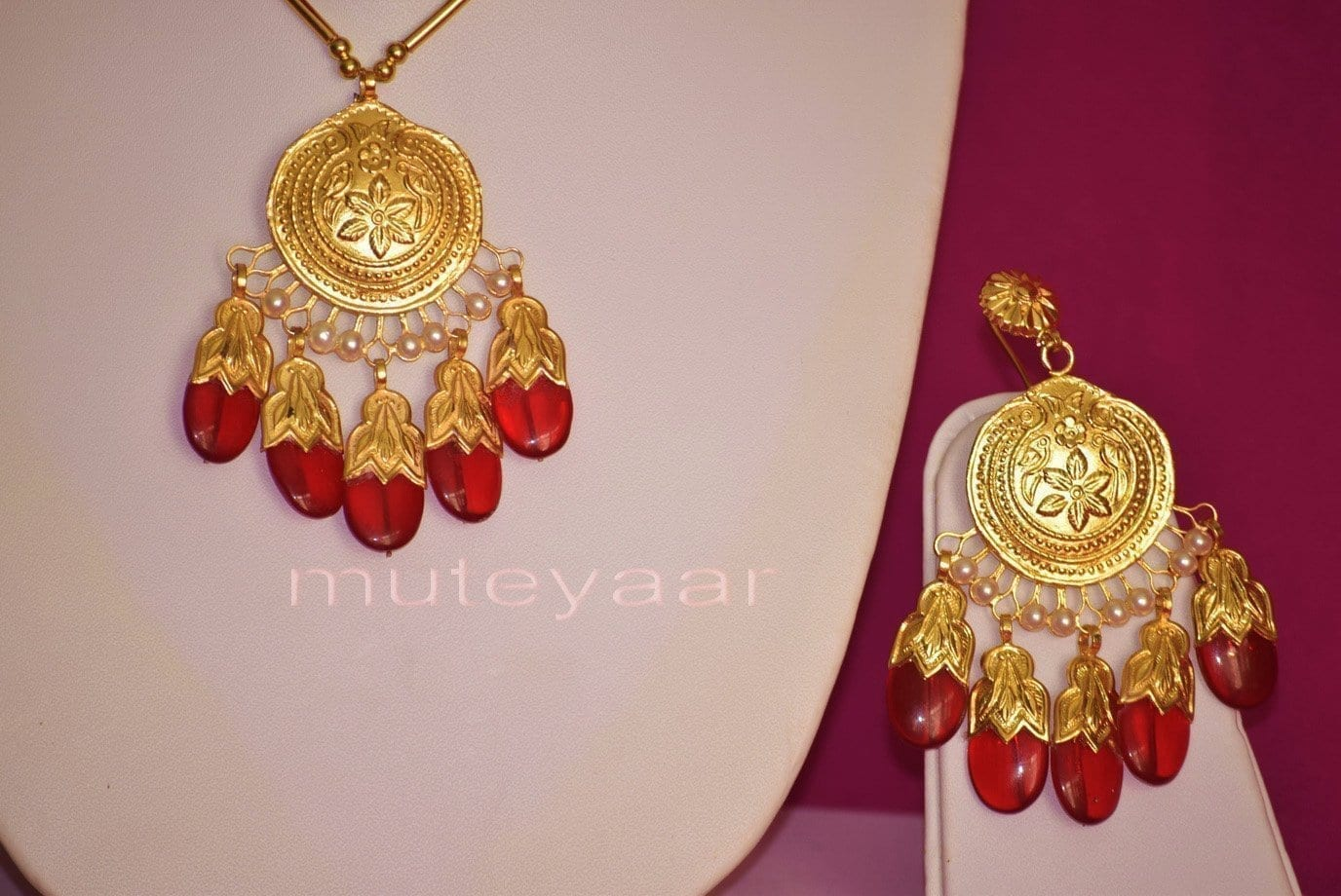24 Ct. Gold Plated Traditional Punjabi Dakh Set jewellery with Tikka  J0210 2